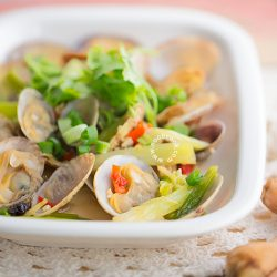 Chinese-style Steamed Clams Recipe