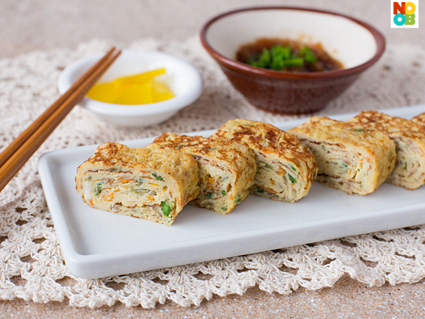 Tamagoyaki Recipe (Japanese Egg Roll Omelette)